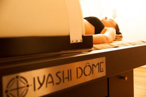 Yiashi Dome Premier Spa